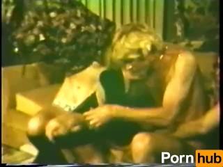 гей порно друг застукал за дрочкой
