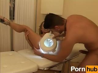 transvestite free video porn