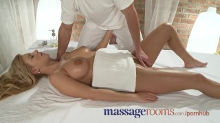 Massage Rooms Girls scream in ecstasy as G-spots get special treatment Pussy babes