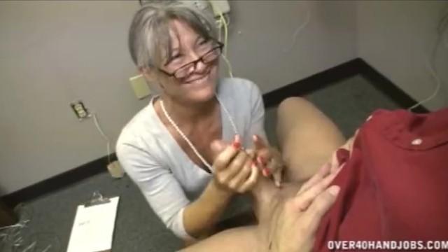 Hot blonde in bra blowjob