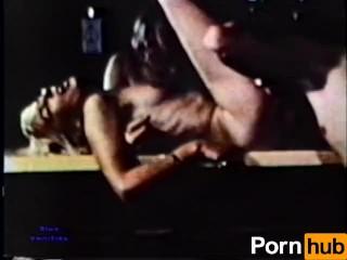 European Peepshow Loops 231 70s and 80s - Scene 1