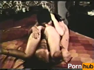 Lesbian Peepshow Loops 561 70s and 80s - Scene 1