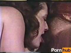 Lesbian Peepshow Loops 560 70s and 80s - Scene 3