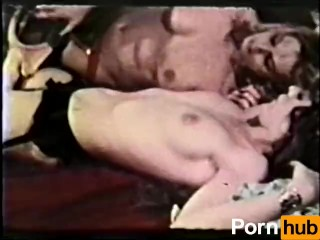 Lesbian Peepshow Loops 647 70s and 80s - Scene 1