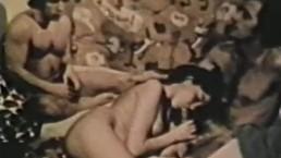 Peepshow Loops 326 1970s - Scene 4