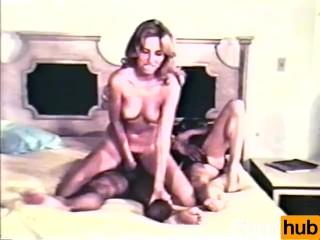 Peepshow Loops 381 1970s - Scene 1