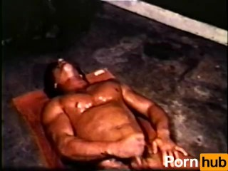 Gay Peepshow Loops 434 70's and 80's - Scene 1