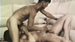 Gay Peepshow Loops 333 70's and 80's - Scene 4