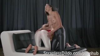 Sex Tube - Shiny Skinny Slacks Pack A Surprise