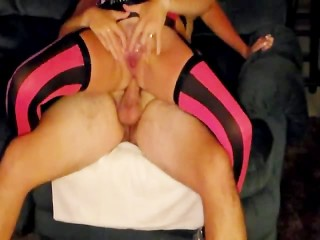 Young Amateur MILF Fucking and Squirting