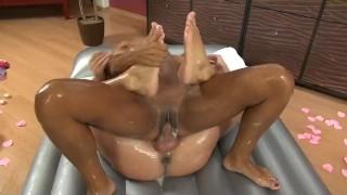 Isabella Chrystin makes man happy with her perfect Nuru massage