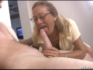Pleasure Massage Video Sucking The Naked Guy, Big Dick Blowjob Mature