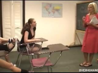 Double Penetration Xxx Videos Fucking, Handjob In The Classroom Blonde Handjob MILF