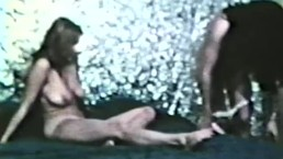 Lesbian Peepshow Loops 562 1970's - Scene 1