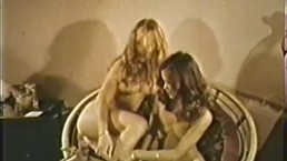 Lesbian Peepshow Loops 639 60's and 70's - Scene 3