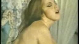 Lesbian Peepshow Loops 533 1970s - Scene 3