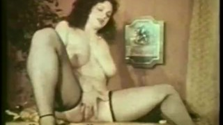 Lesbian Peepshow Loops 537 70s and 80s Scene 4