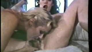 Lesbian Peepshow Loops 536 70s and 80s - Scene 3