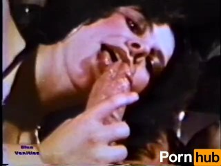 Peepshow Loops 226 1970s - Scene 3