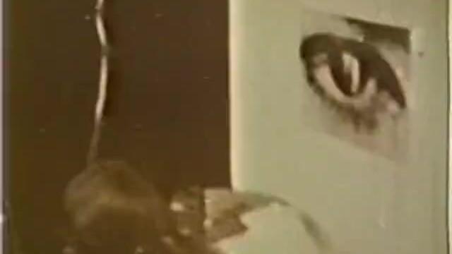 Vintage vanity items - European peepshow loops 331 1970s - scene 1