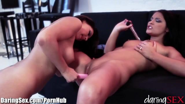 lekötött leszbikus pornó