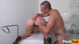 Ginecologo abusivo, volume 3 - Scena 3
