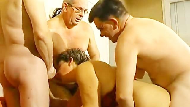 Voyeur ladies Papy voyeur vol 14 - scene 1