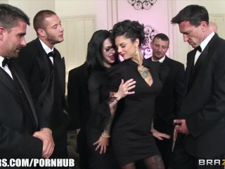 Preview 5 of Veronica & Bonnie - The Secret of the Six Man Gangbang - Brazzers