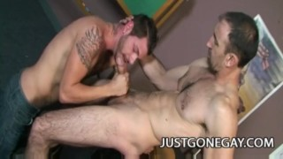 Steven Richards - Hot Dilf Topping Off Tristan Mathews