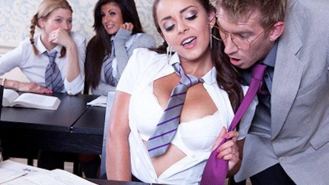 Liza Del Sierra - Professor's Got the Moves - Brazzers