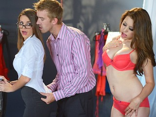 Chubby Amateur Swingers Brooklyn Chase - The Intern s Hands - on Training - Brazzers
