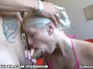 Blanche Bradburry recieves warm facial Cumshot