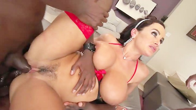 I love having sex with men Lisa ann loves black men