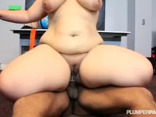 Sexy Stacked School Teacher Emma Fucks Hung Black Student