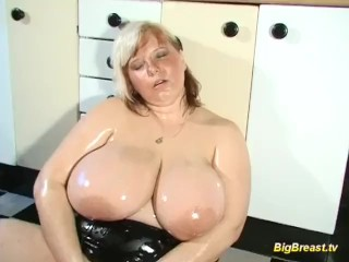 Roxy Raye Sounding Blonde Milf With Extreme Big Natural Tits Alone At Home, Bbw