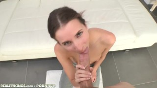 Kings duke fresh outta university reality belle knox blowjob student