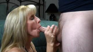 - Carol Cox Swallowing An Eager Fan - Ff12Wmv