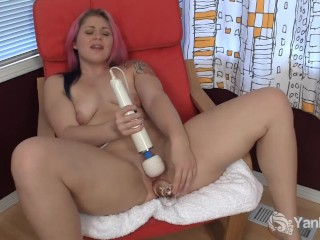 Pink Haired BBW Sarah Fucking Her Pussy With Toys