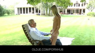Oldman seduced and fucked by hornyTeeny Deepthroat haired