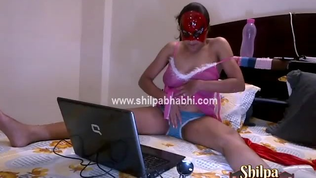 Cam free live naked - Indian shilpa bhabhi on live sex cam naked fingering pussy pressing bigtits