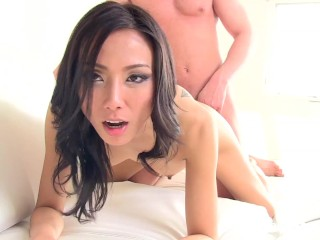Asian Calendar Girl Emi – netvideogirls