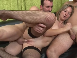 Xnxx anna nicole smith penetrated, mom cum anal free