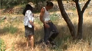 Baiser scene sachant  les fermiers fingering anal