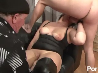 Slut Milf Captions Fucking, A fist In her pussy and a cock In her mouth Fisting Hardcore Euro