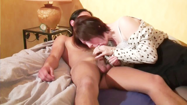 Voyeur papy looking for french anal 4