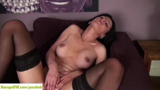 Sienna Richardson Fingers Older Pussy Interracial throat