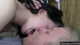 Teen Linda gets massaged and fucked