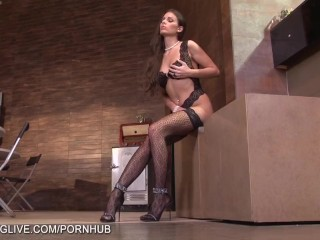 Usa Girl Sex Beautiful Natural Brunette In Lace Stockings