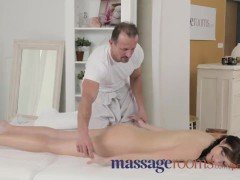 Massage Rooms Horny woman with foot fetish wanks masseur's hard cock dry