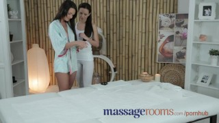 Massage Rooms Adorable teen with perfect breasts gets big g-spot orgasm Fingering boobs